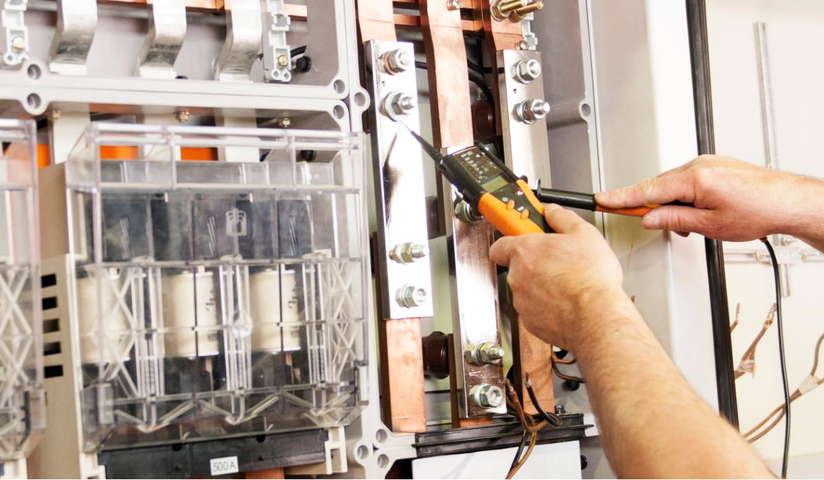 Stromversorgung E-Check Elektrotechnik Messungen Mainhardt